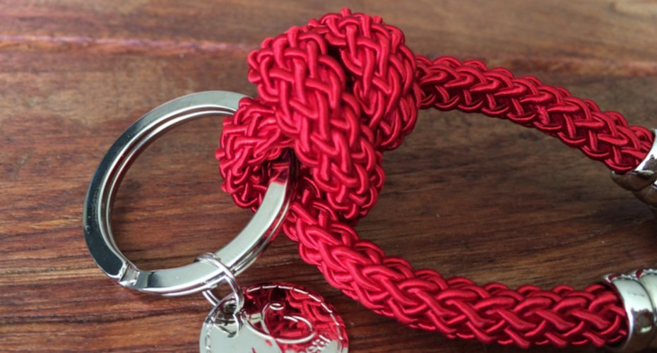 KEYCHAIN RED close up